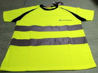 T-paita MARU painatuksella